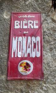 Ô Monaco, ô Monaco, Chez toi y fait toujours chaud, Ô Monaco, ô Monaco, Ton rocher est le plus beau, Ô Monaco, On te retrouve aussi au bistro !